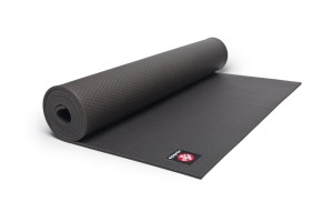 manduka black yoga mat